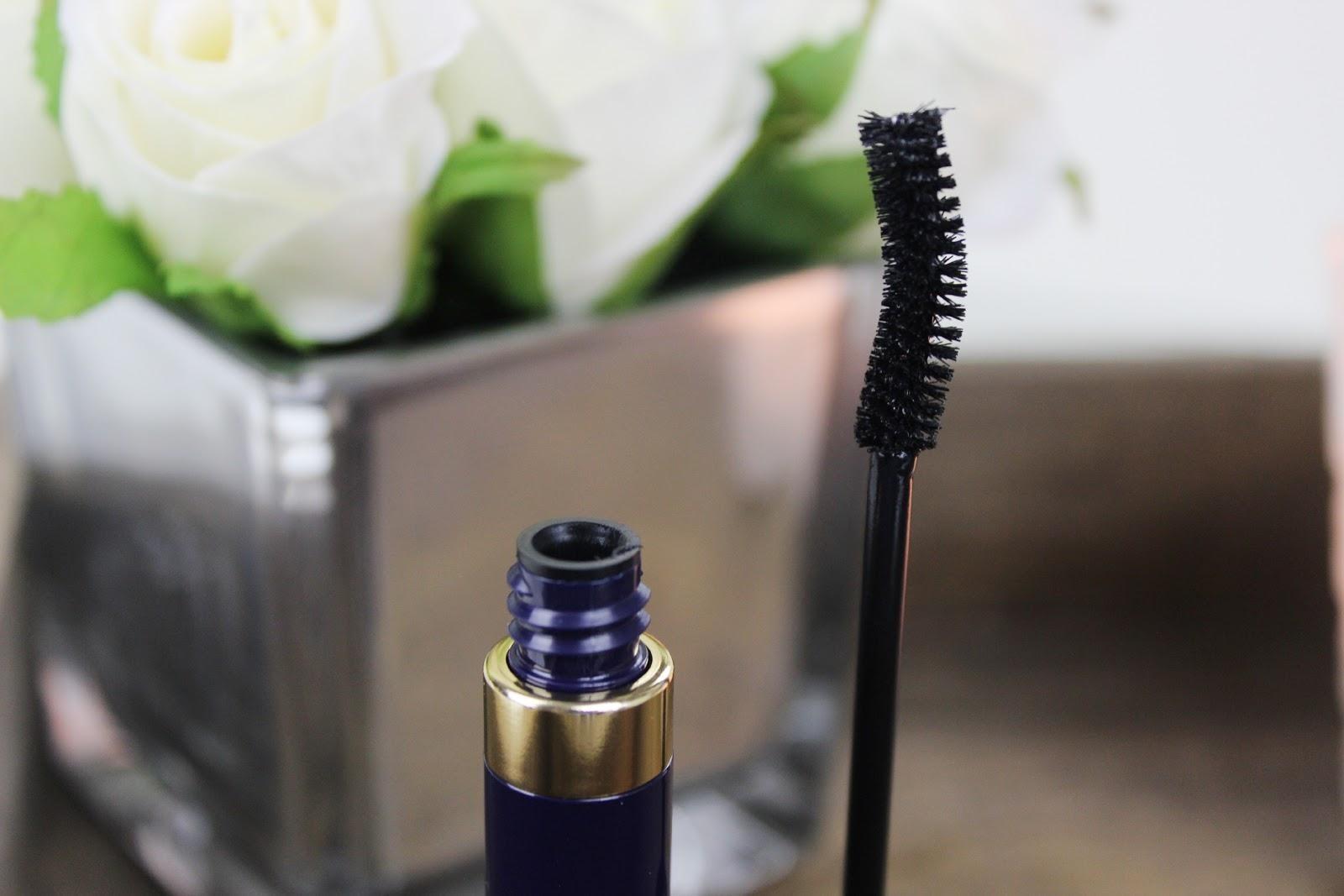 Double Wear Zero Smudge Lengthening Mascara by Estée Lauder #20