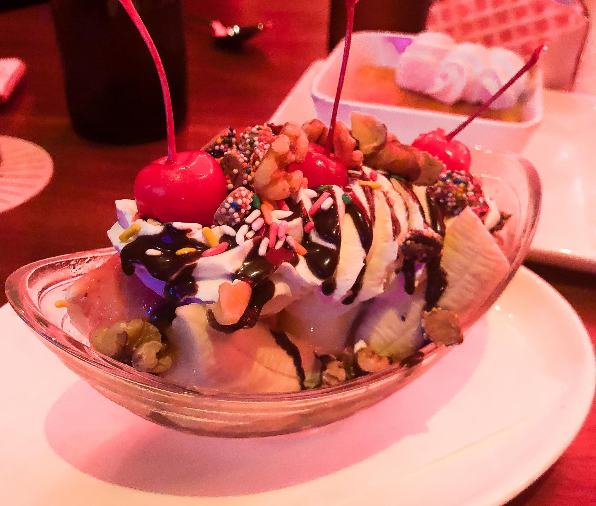 Banana Split at The Edison, Kissimmee