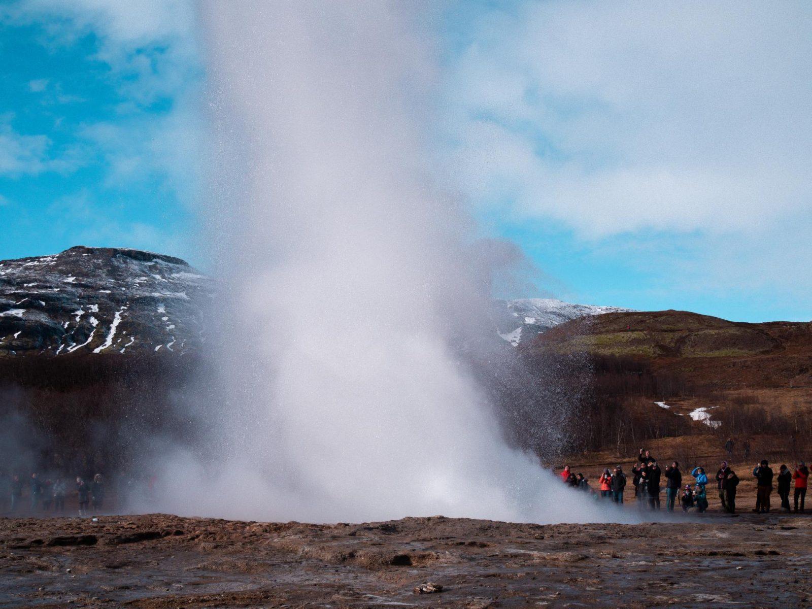 Geysir, golden circle tour, Iceland