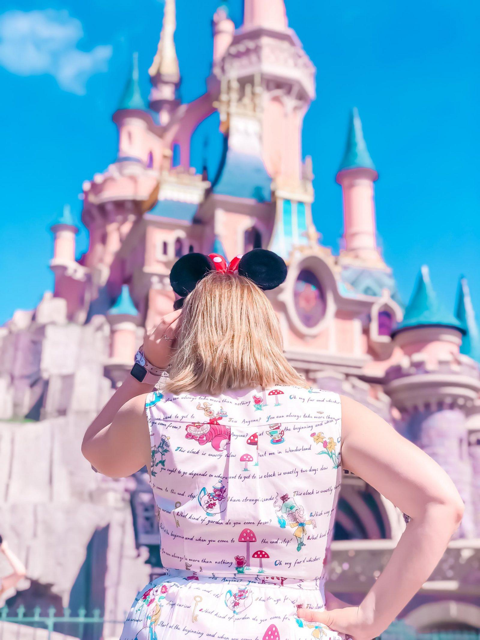tips for disneyland paris - side castle