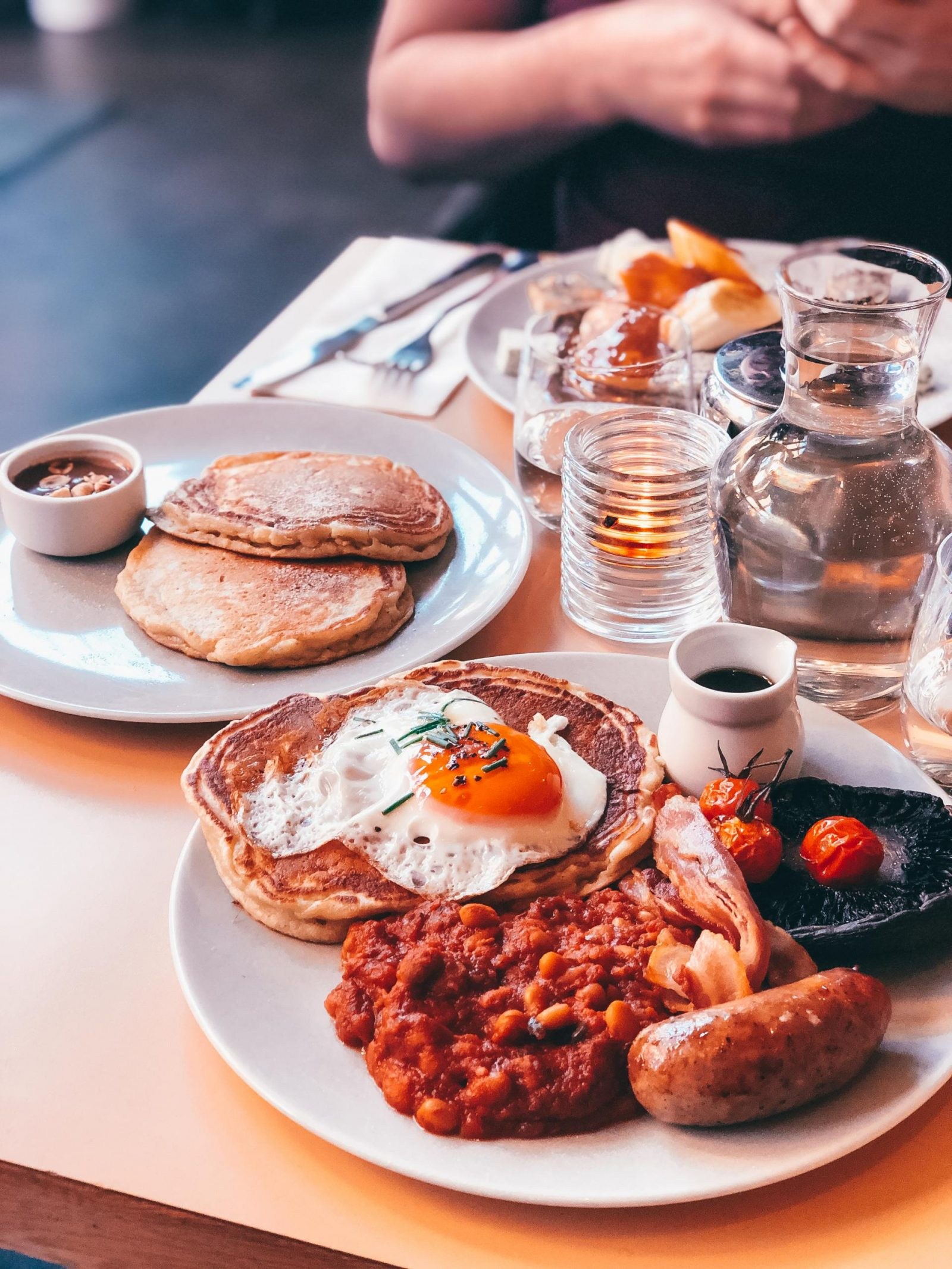 Where the pancakes are 'English Breakfast'